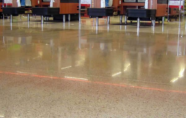 Polished concrete (HiPERFLOOR)
